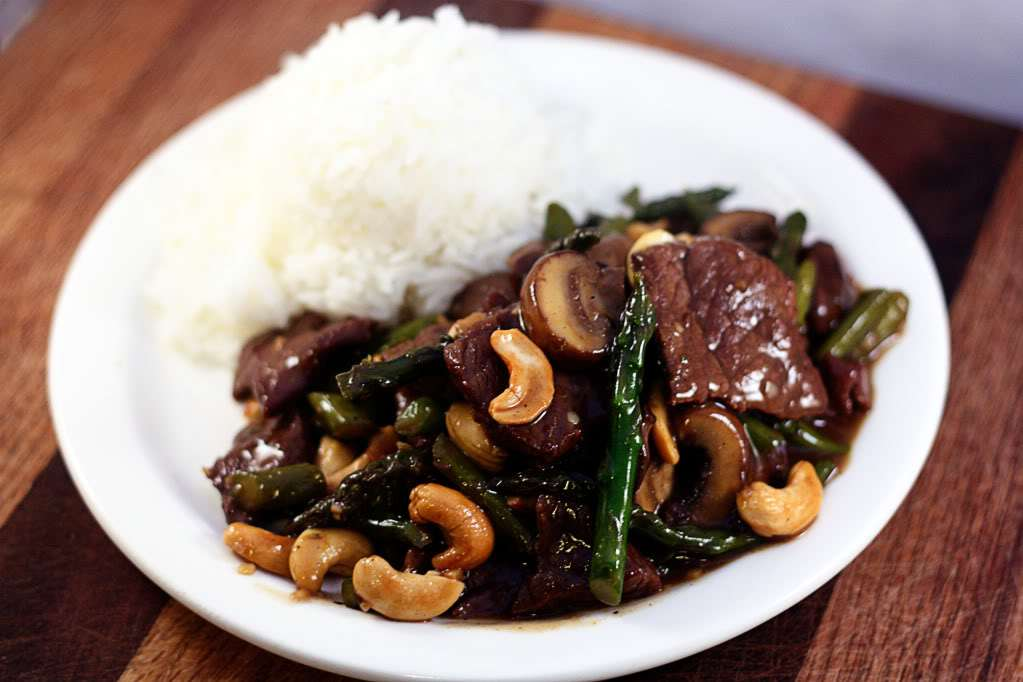 Beef and Asparagus Stir Fry | Jennifer Cooks