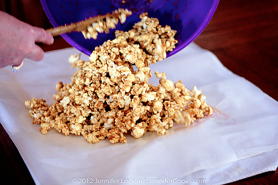 homemade-caramel-corn