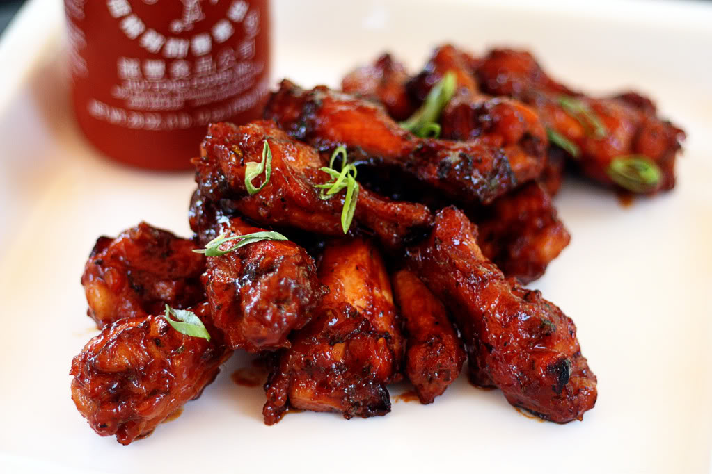 Sweet and Spicy Sriracha Hot Wings | Jennifer Cooks
