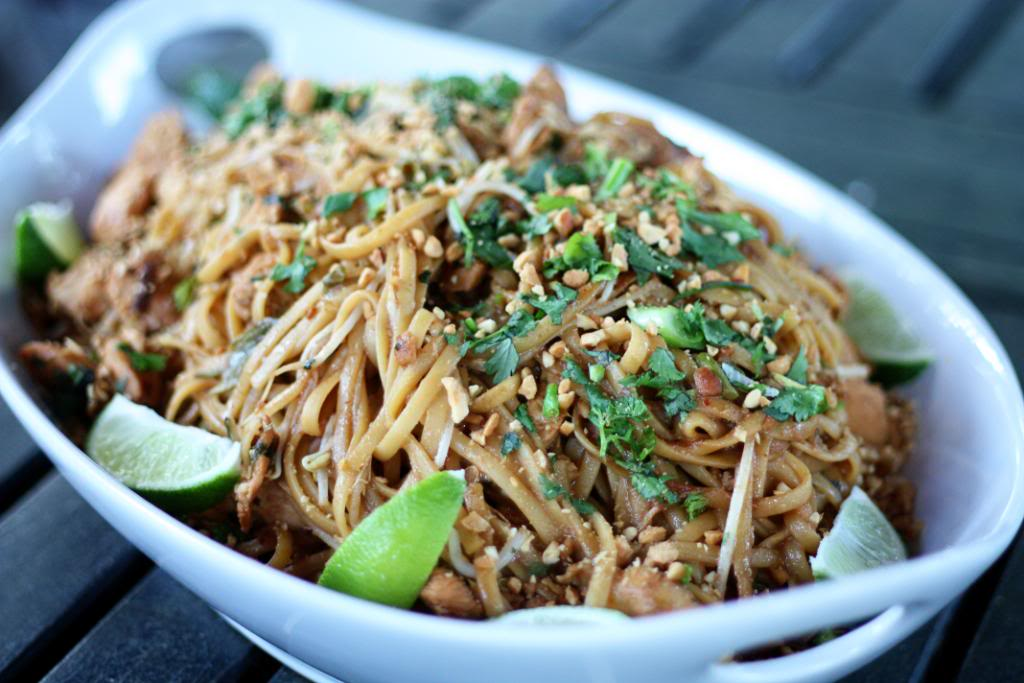 Thai recipe chicken pad thai