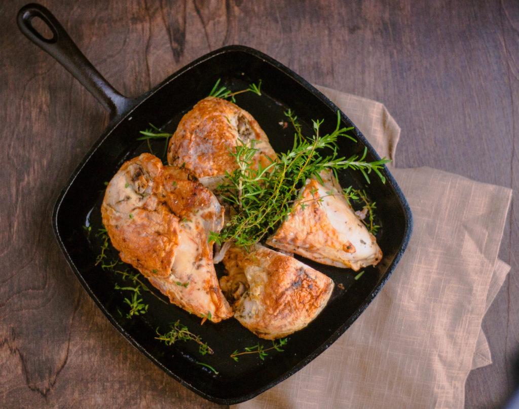 Easy Weeknight Pan Roasted Chicken Breasts | JenniferCooks.com