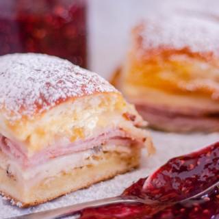 Monte Cristo Sandwich Sliders | Jennifer Cooks