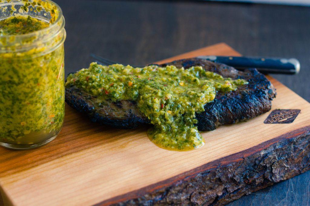 grilled-sirloin-steak-chimichurri-sauce-recipe-4