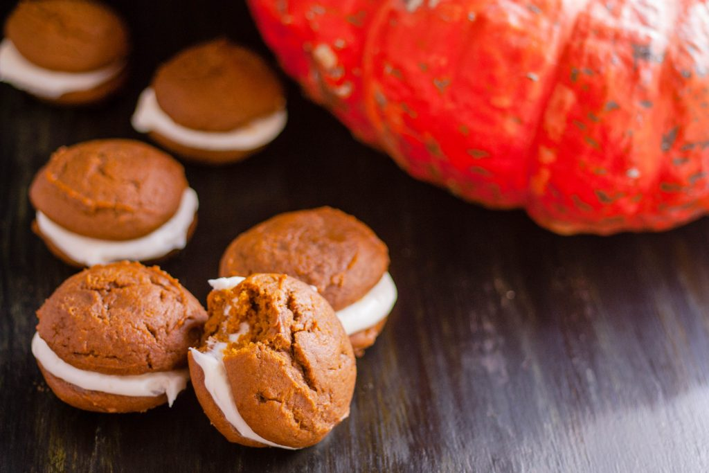 Pumpkin Whoopie Pies with Cream Cheese Filling | JenniferCooks.com