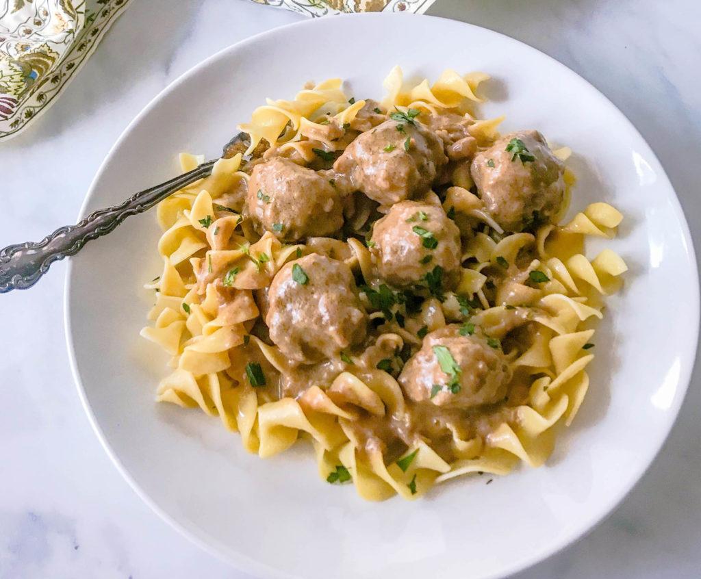 Swedish Meatballs | JenniferCooks.com