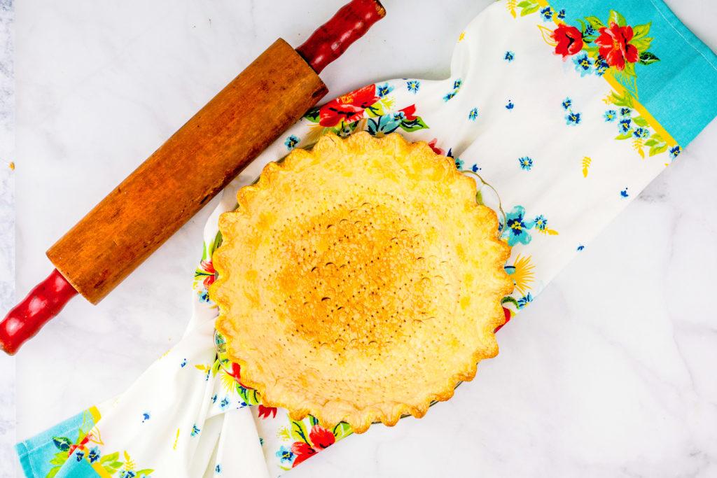 Buttery Flaky Pie Crust | JenniferCooks.com